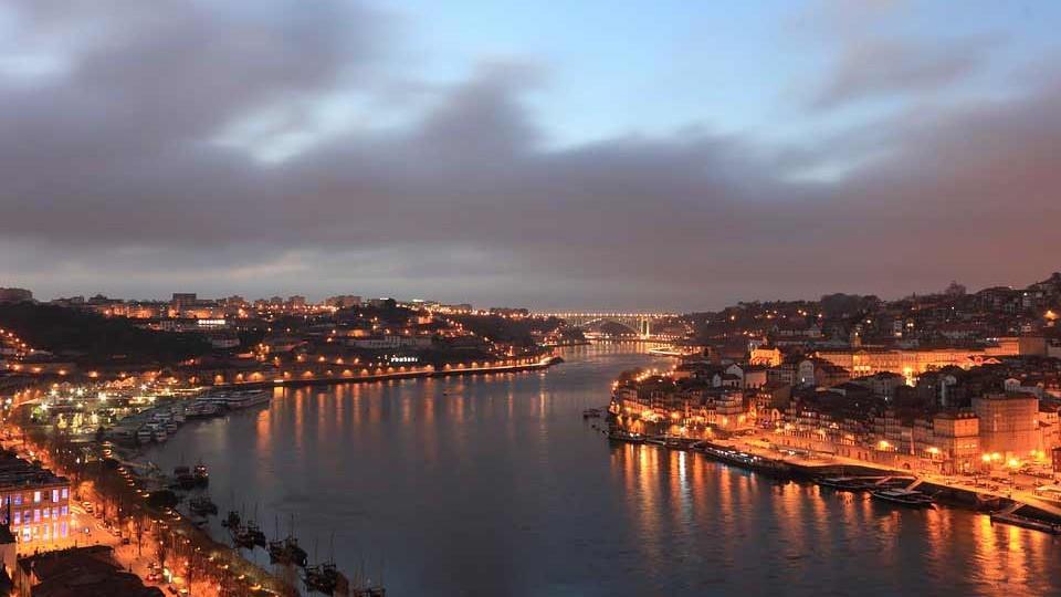 דרכון פורטוגלי - הוצאת דרכון פורטוגלי ואזרחות פורטוגלית - משרד עו